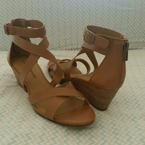 Lucky Brand Jinela Wedge Sandals